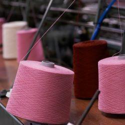 En los talleres de Barry conocemos cómo se confecciona en Chanel.