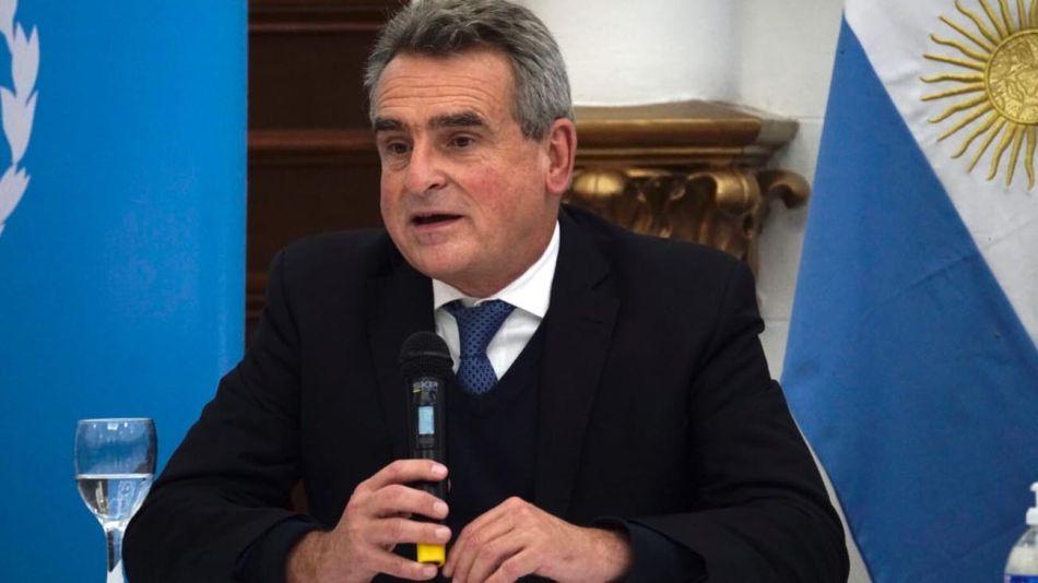 El ministro Rossi en Santa Cruz 20200501