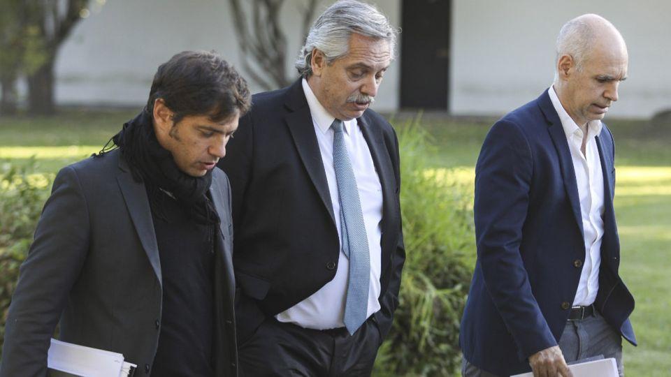 El presidente Alberto Fernández, junto a Horacio Rodríguez Larreta y Axel Kicillof.