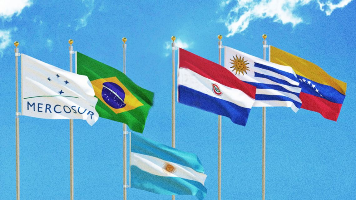 Mercosur no more? Argentina leaving Uruguay, Paraguay and Brazil behind...