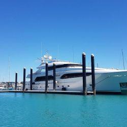 Megayate el el Boat Show de Palm Beach.