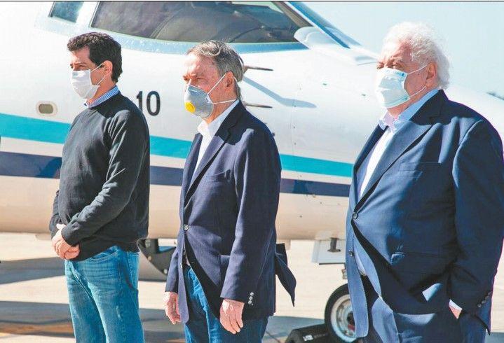 """SINTONIA. Ginés González García llegó acompañado por el ministro del Interior, Wado de Pedro. """"Con Córdoba trabajamos muy bien"""", dijo."""