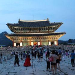 Los palacios de Seúl volverán a abrir por el relajamiento de la cuarentena que se instaló en febrero pasado en Corea del Sur.