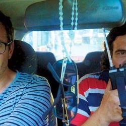 El periodista australiano David Farrier se animó a hacer un tour con un esbirro de Escobar.