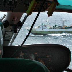 Vuelo de reconocimiento una vez detectado un barco ilegal.
