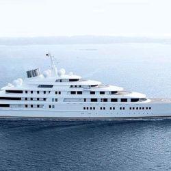 El Azzam, con una eslora de 180 metros y 650 millones de dólares.