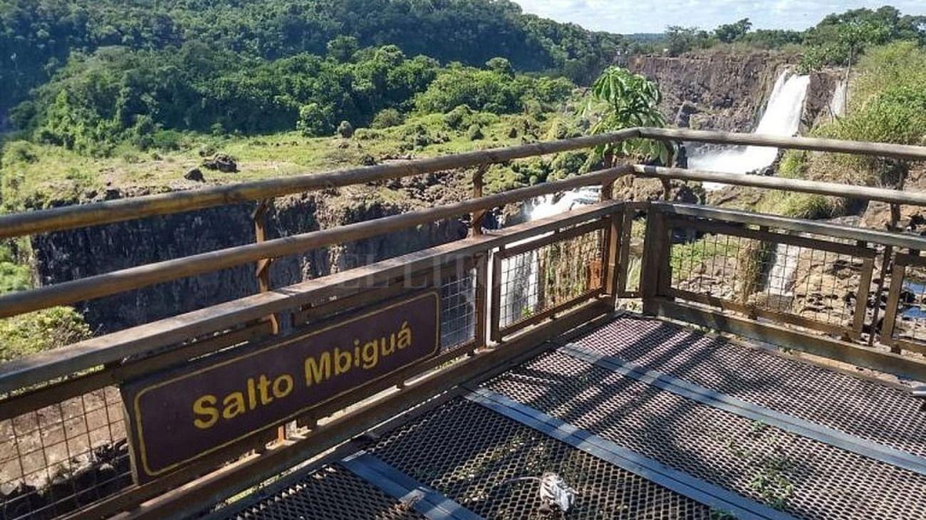 El Río Gualeguaychú y las Cataratas casi sin agua