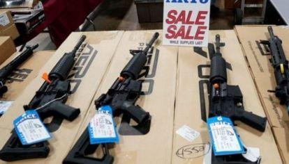 Canadá prohíbe la tenencia de fusiles de asalto a civiles.