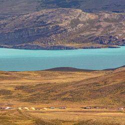 Los domos dentro del Parque Nacional Perito Moreno, son una opción para quedarse; rústicos de campaña, hay que reservar lugar en la intendencia de este parque.