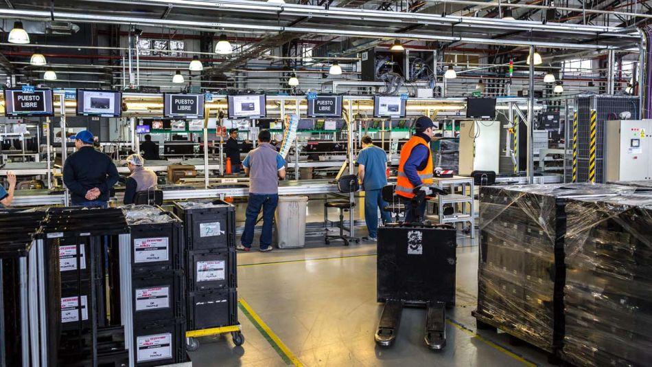 Fabricas Tierra del Fuego-20200507