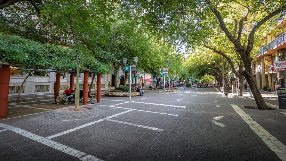 Mendoza peatonal 20200507