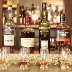 En el porteño Museo del Whisky habitualmente se hacen catas y degustaciones por la noche, que volverán cuando reabra sus puertas después de la cuarentena.