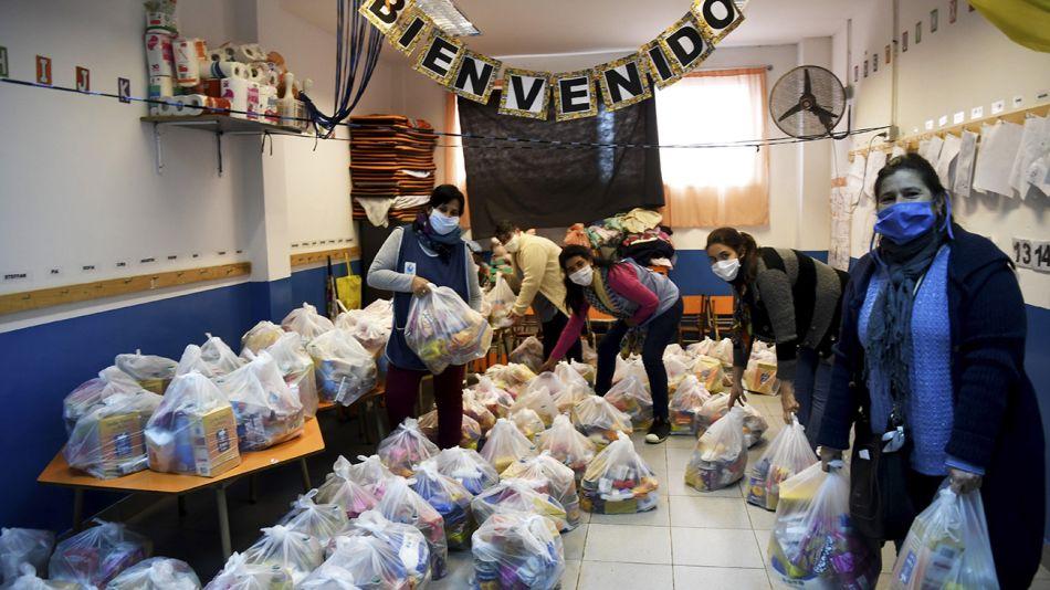 Buenos Aires: Parroquia Caacupé de la Villa 21-24