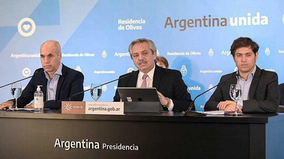 De a tres. El anuncio estuvo a cargo de Alberto Fernández y lo acompañaron el jefe de Gobierno porteño y el gobernador bonaerense.