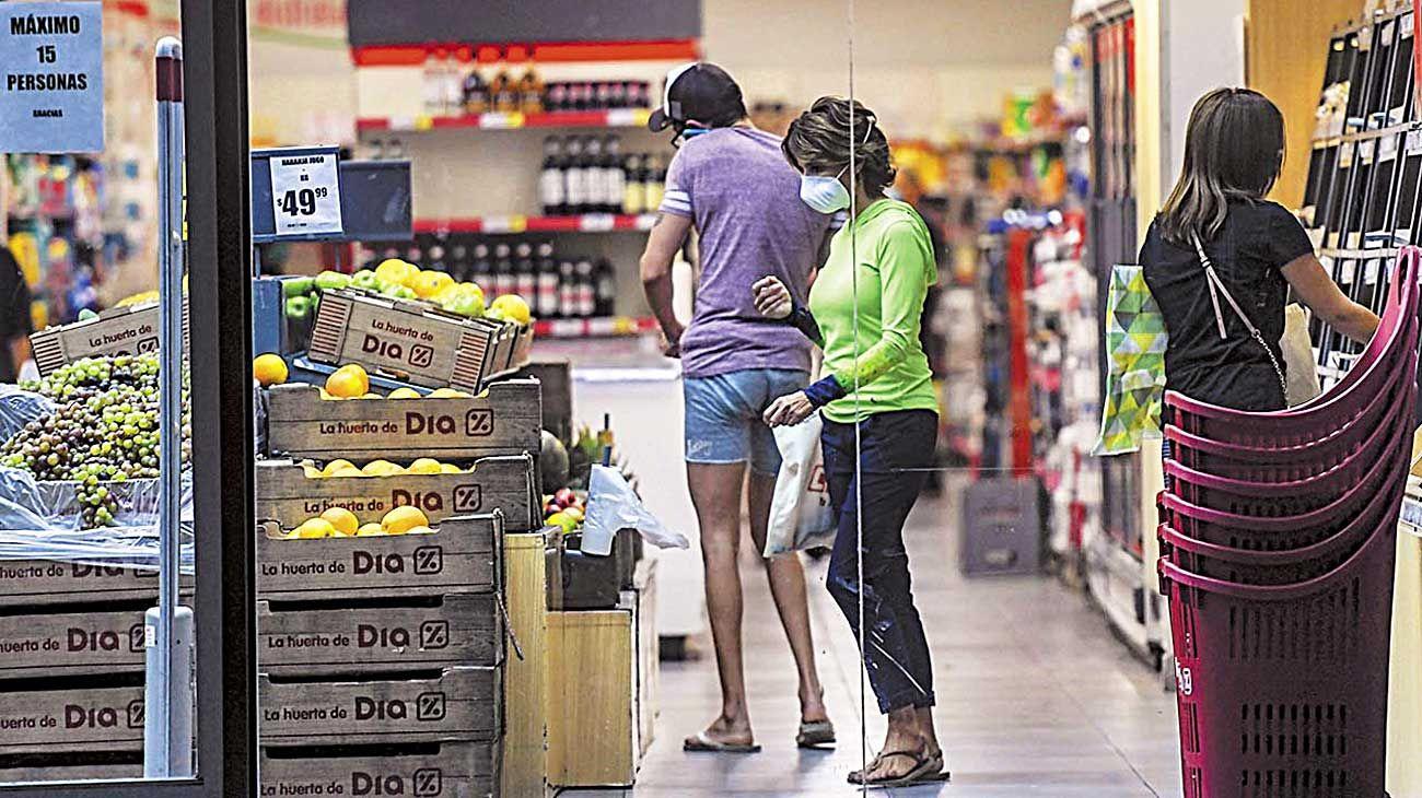 Precios. En abril desaceleraron, pero prevén más inflación en el año.