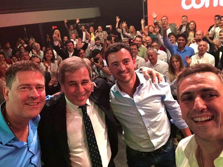 OTROS TIEMPOS. Mestre junto a De Loredo, Sapp y Briner en la campaña 2019. Hoy el enfrentamiento es fuerte.
