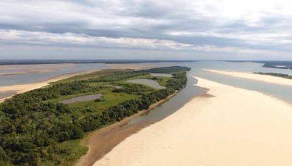 El Instituto Nacional del Agua comparó el estado del río Paraná en 2019 y 2020.