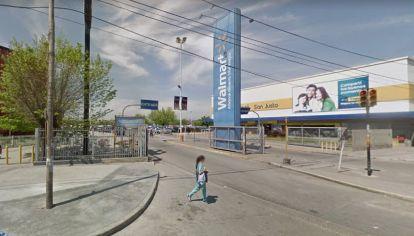 Walmart de San Justo.