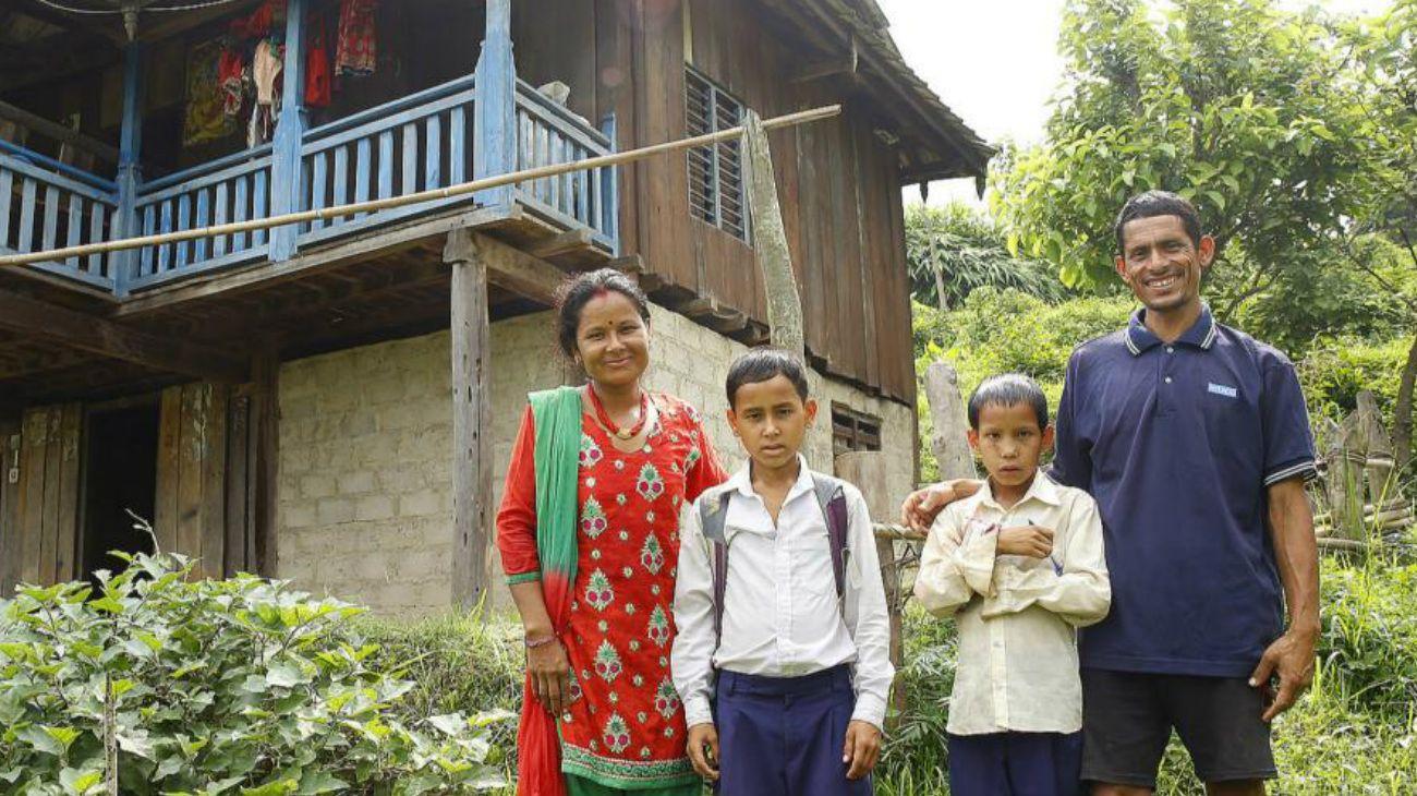 Con el apoyo de un programa de las Naciones Unidas, esta familia nepalesa aumentó sus ingresos