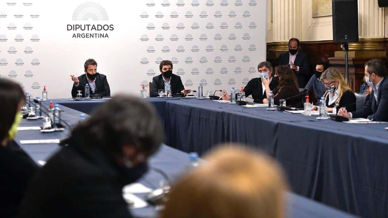 Massa lideró reunión de Labor Parlamentaria y este miércoles habrá sesión virtual