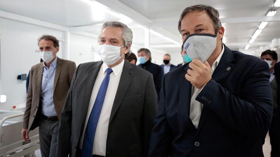 AS BAIRES MAYO 14: El presidente Alberto Fernandez recorrio este mediodia, en el partido bonaerense de Almirante Brown, uno de los 12 Hospitales Modulares de Emergencia que el Gobierno construyo con el objetivo de fortalecer la respuesta sanitaria en el marco de la pandemia del nuevo coronavirus COVID-19