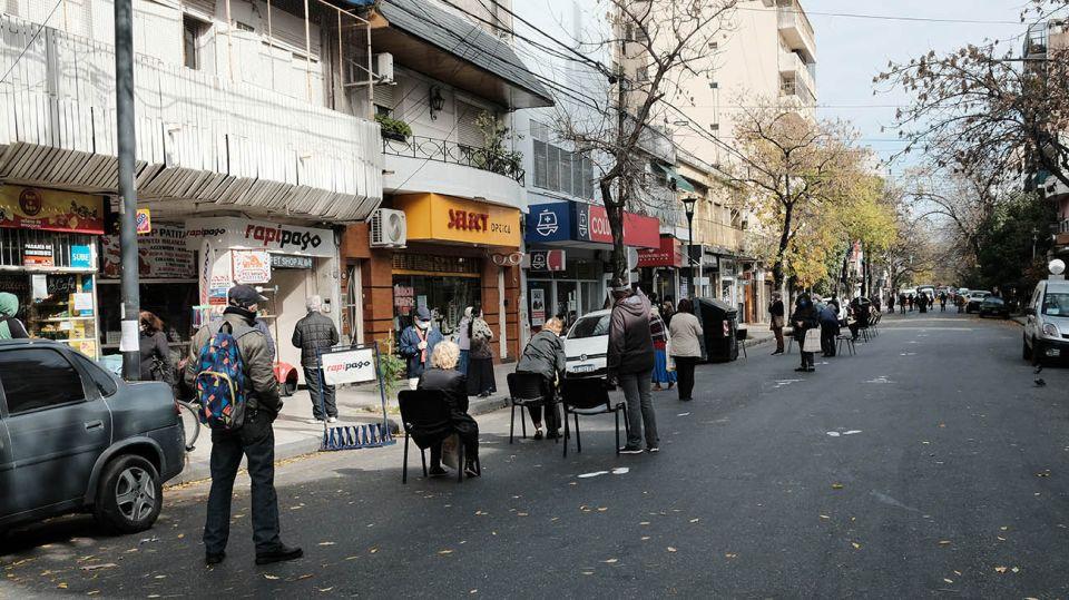 Nuevas calles peatonales en Villa del Parque (Foto: Néstor Grassi).