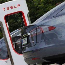 A partir de 2021, CATL planea suministrar a Tesla en China una batería mejorada de larga duración.