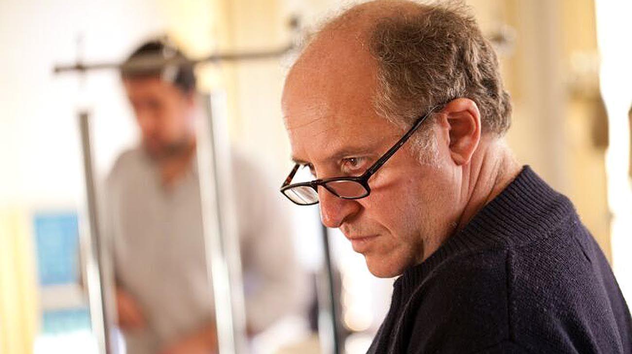 Martín Bauer es músico, compositor y gestor cultural. Dirige desde su creación el programa Colón Contemporáneo del Teatro Colón.