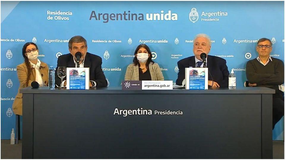 Los ministros Roberto Salvarezza y Ginés González García dieron el anuncio.