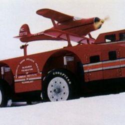 El Snow Cruiser fue el intento de un vehículo monstruoso para conquistar la Antártida. Llevaba hasta un avión encima.