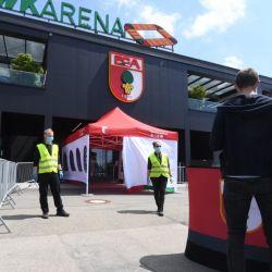 Con extremas medidas sanitarias la Bundesliga se reinició este sábado en plena pandemia por coronavirus. // AFP