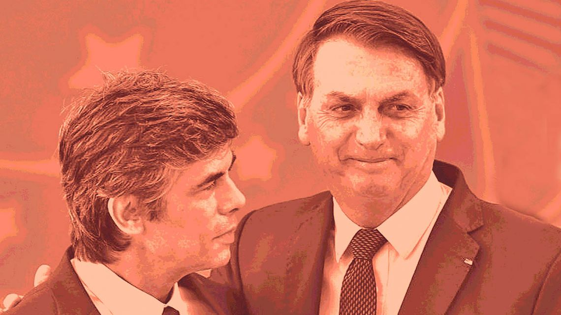 Brazil's outgoing Health Minister Nelson Teich together with Bolsonaro.
