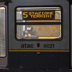 Los trenes en Italia van casi vacíos. En España apenas llevan ahora unas mil personas por día, a diferencia de los 80.000 que transportaban antes de que se declarara la pandemia.