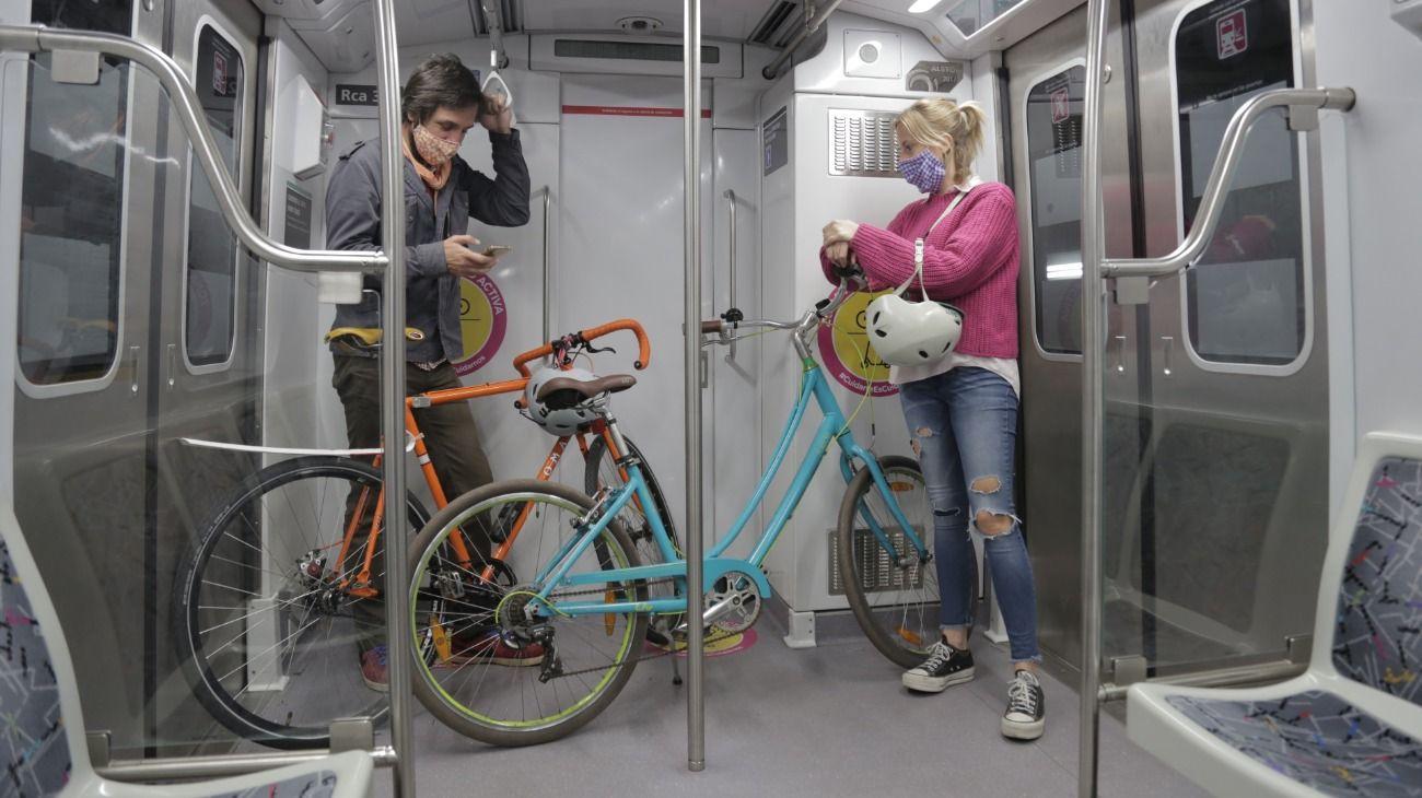 Subtes: se podrá viajar con bicicletas y monopatines en las líneas A y H