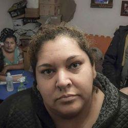2020-05-17 - 11:25:00 hs.  Buenos Aires: Murio por coronavirus Ramona Medina, la vocera de la Garganta Poderosa en el Barrio 31  Ramona Medina, la vocera de la Garganta Poderosa que era insulinodependiente y habia contraido coronavirus en el Barrio 31 de Retiro despues de 12 días sin agua, murio hoy en un hospital de la Ciudad a los 42 anos tras permanecer tres dias internada y con toda su familia contagiada, entre ellos una hija con discapacidad múltiple, segun informo la organizacion. | Foto:telam