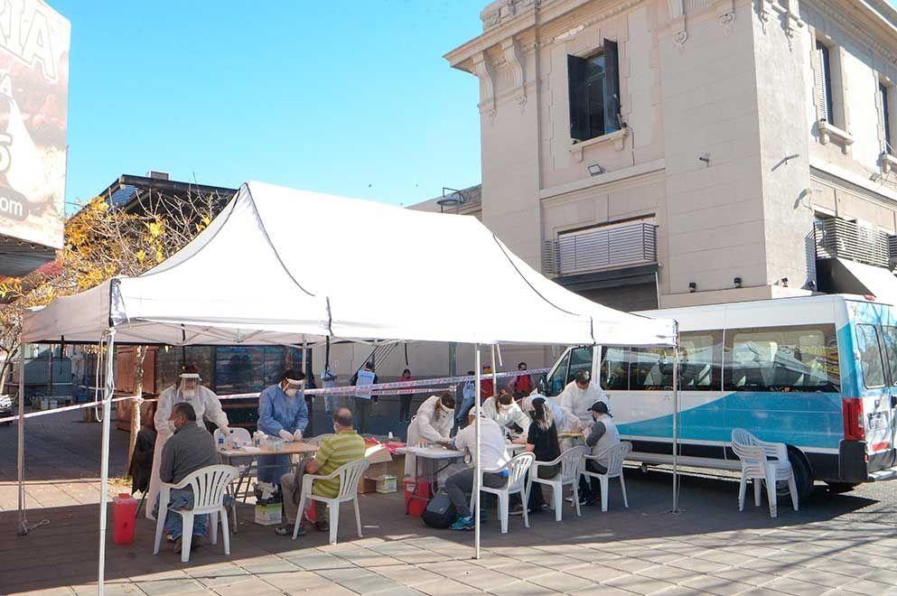 Mercado Norte. El Ministerio de Salud montó un operativo sanitario en el el lugar.