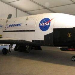 El X-37B puede realizar vuelos extremadamente largos gracias al aprovechamiento de la energía solar.