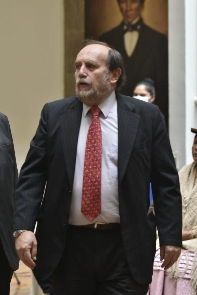 Marcelo Navajas, ministro de Salud, detenido.
