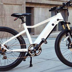 """El motor de esta bicicleta eléctrica es """"cero emisiones"""" y se alimenta de una batería de ión-litio de 18.650 mAh."""