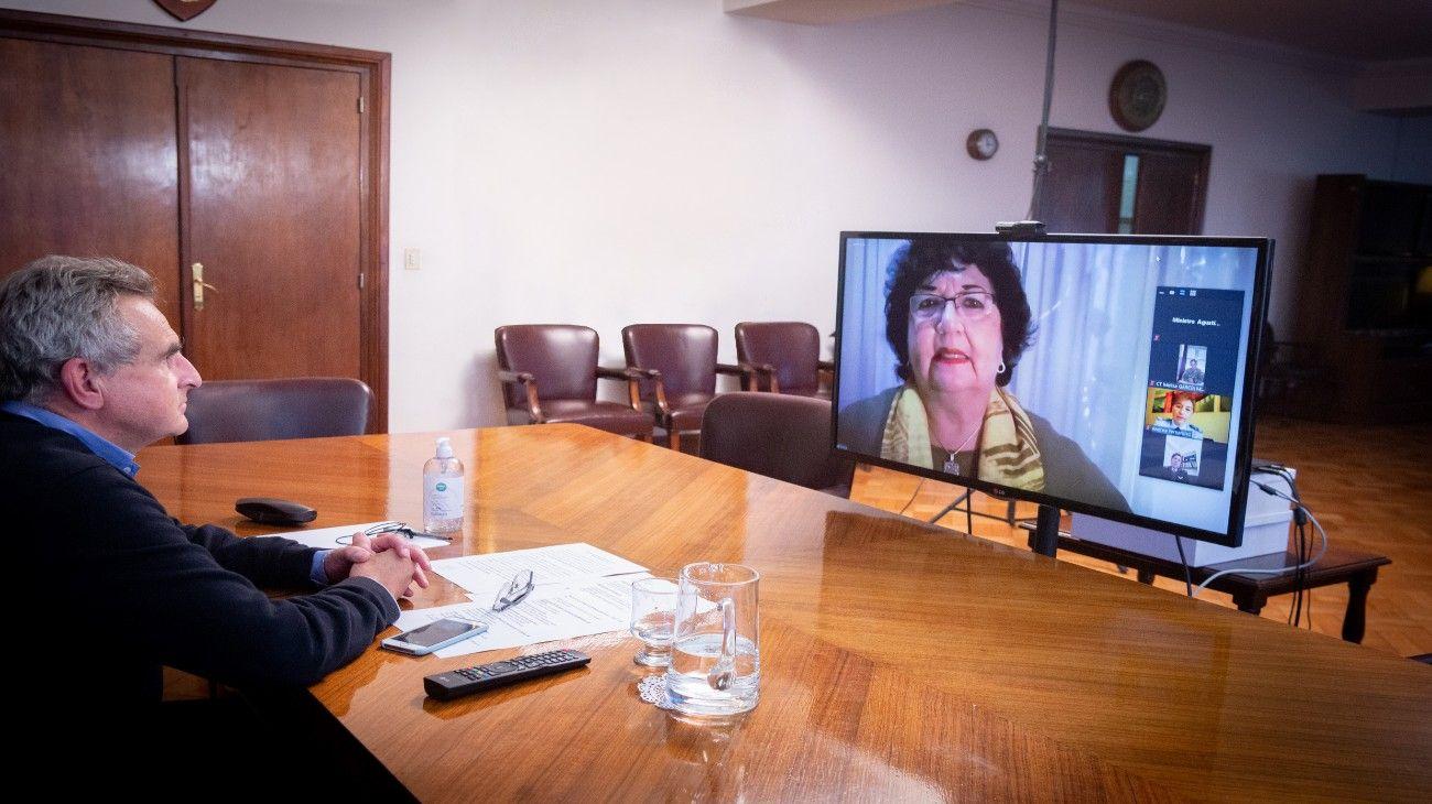 Con la participación de Dora Barrancos, el ministerio de Defensa relanzó el Consejo de Políticas de Género