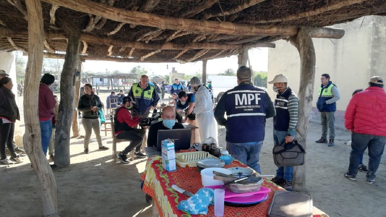 Se llevaron a cabo rastrillajes en la localidad de Melcho, en Simoca.