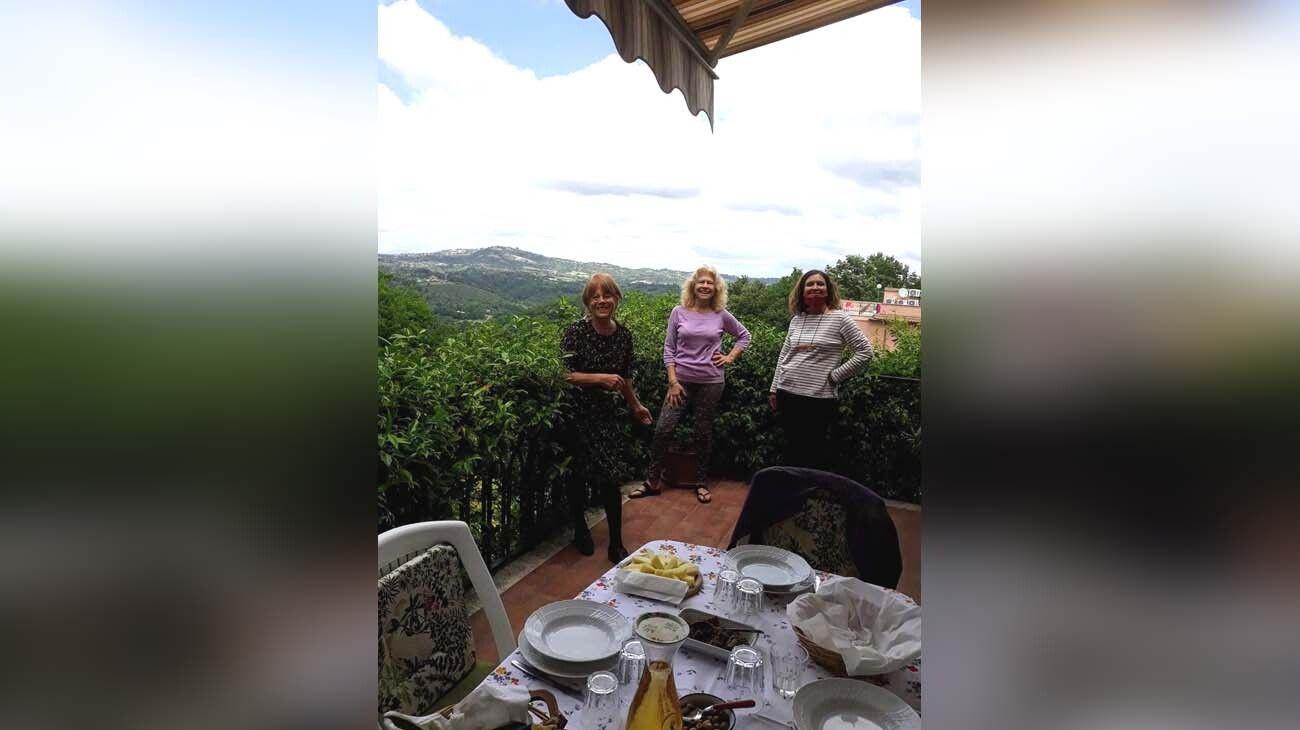Primer almuerzo en el Lazio de tres amigas. Fase 2 de reapertura
