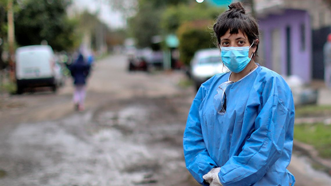 Health agents doing their job in Argentina.