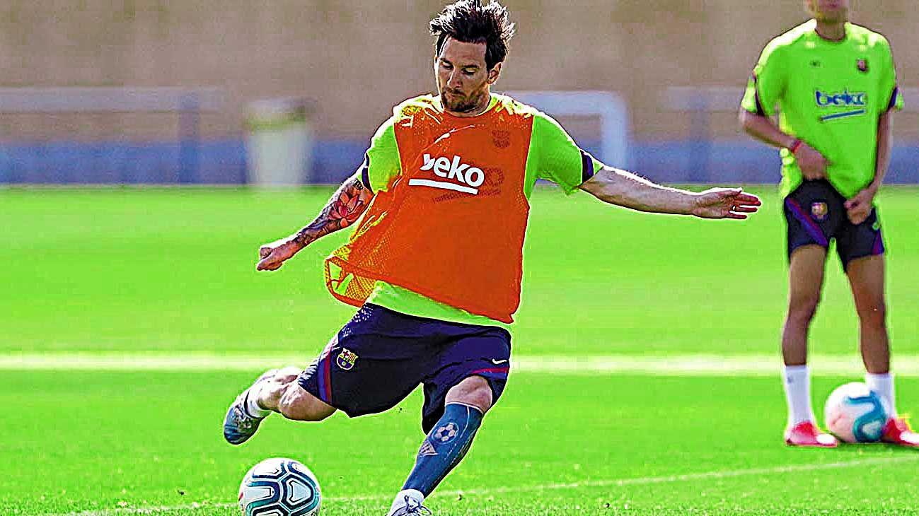 Messi. Ayer se entrenó junto con sus compañerosdel Barça.
