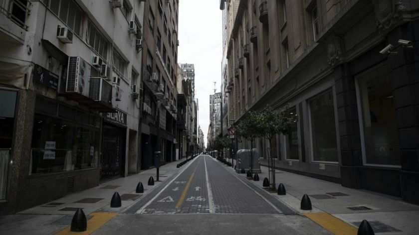 Se restringirán actividades comerciales — Rodríguez Larreta