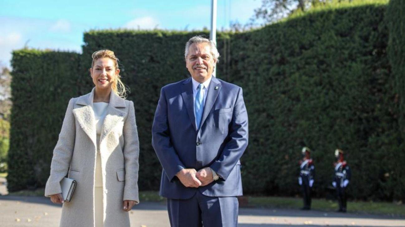 Alberto Fernández y Fabiola Yáñez desde la Residencia de Olivos el 25 de mayo.