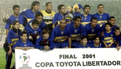 El equipo de Boca campeón de la Libertadores 2001.