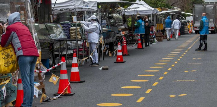 Las ferias de alimentos adoptan medidas de seguridad contra la propagación del Covid19