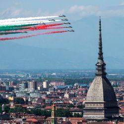 La unidad acrobática italiana de la Fuerza Aérea Frecce Tricolori (Flechas tricolores) actuará el 25 de mayo de 2020 sobre Turín como parte de la iniciativa militar aeronáutica  | Foto:AFP