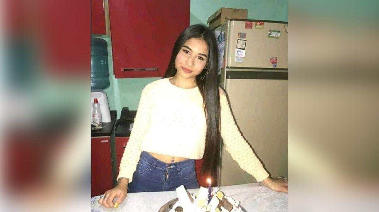 Oriana tenía 14 años y la mataron por un celular